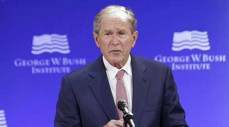 沉默多年后的爆发,小布什演讲严厉抨击时弊