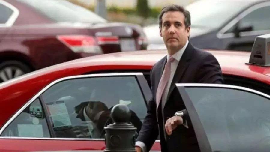 FBI突击搜查特朗普长期私人律师,风暴姐或把通俄门推向高潮 | 图姐