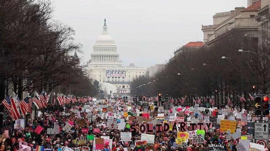 为了孩子和父母家人,行动起来!抗议反合法移民!!