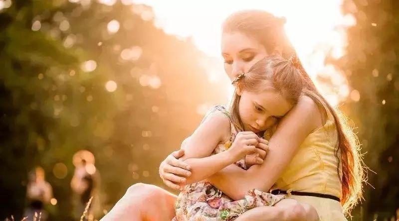 暴力事件后怎样安抚孩子?全美学校心理学家协会的建议