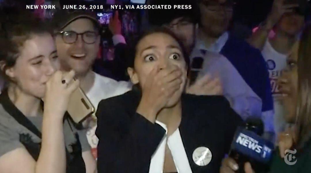 28岁新人打败民主党超级大佬,美国中期选举后浪催前浪