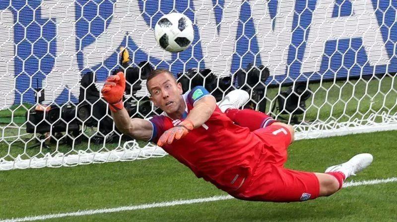 世界杯大黑马初露峥嵘,维京战吼下足球探戈凌乱了!