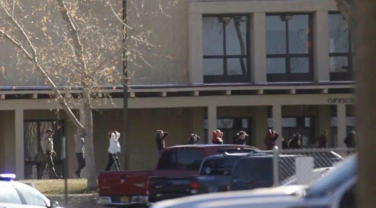 图姐 | 震惊!新墨西哥州高中校园枪击,三死至少十五伤