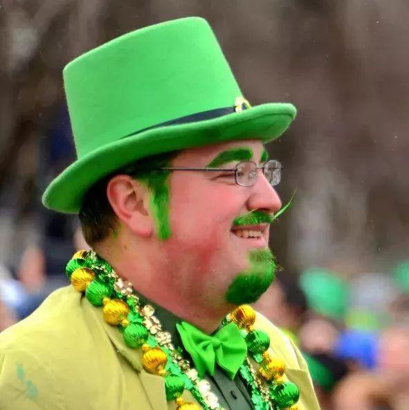 欢度圣帕特里克节,美国上下一片绿 | 图姐