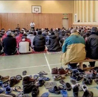 """不同的""""狼奶"""":东欧国家拒收难民背后"""