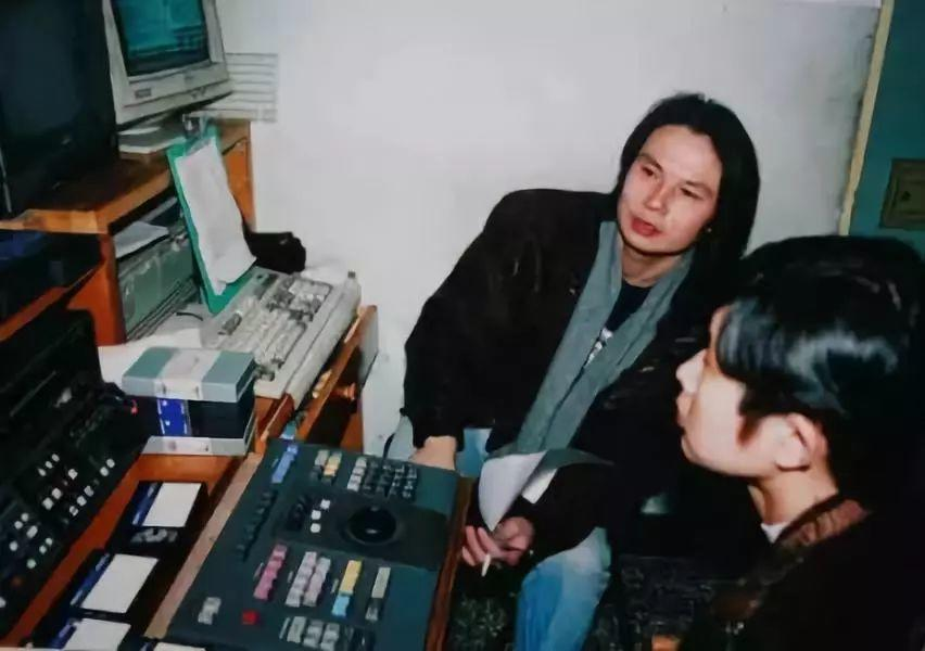 他是崔永元白岩松的精神领袖,开创了中国电视新纪元,却在47岁告别人世