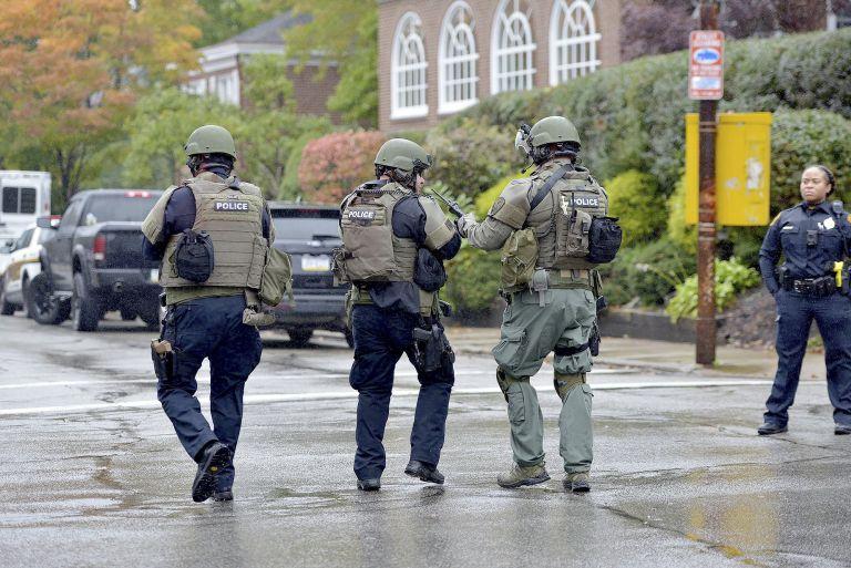 匹茨堡犹太教堂爆发枪击案,至少8人死亡(视频直播)