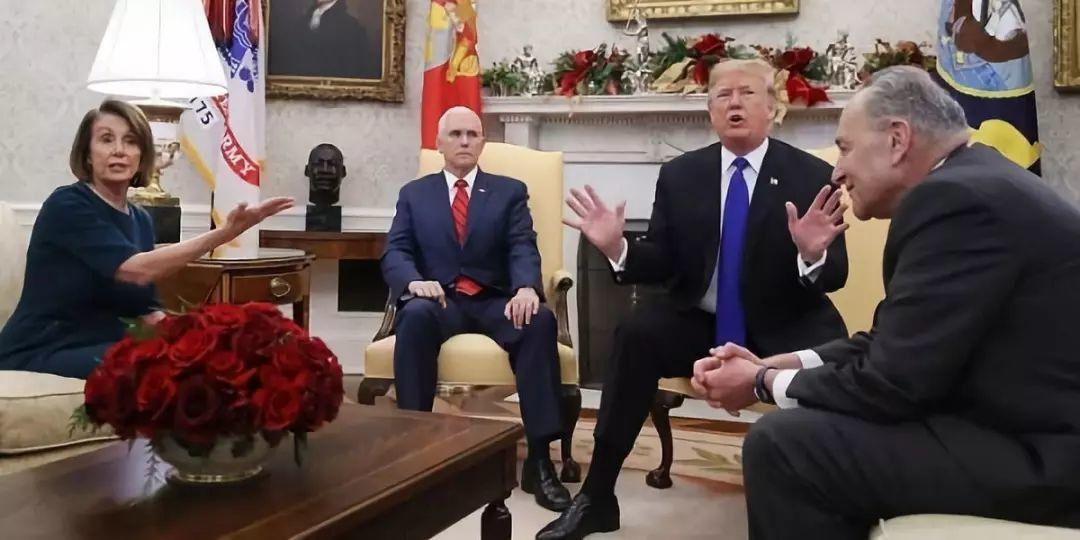 """惊人的相似!60年前的""""川普""""和今天川普的墙"""