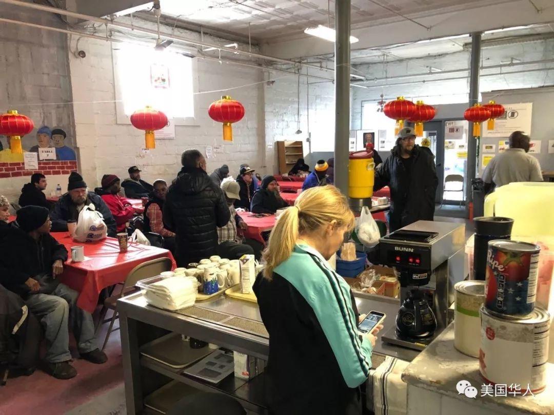 美国华人过大年,春联、春晚、红包、饺子一样都不能少