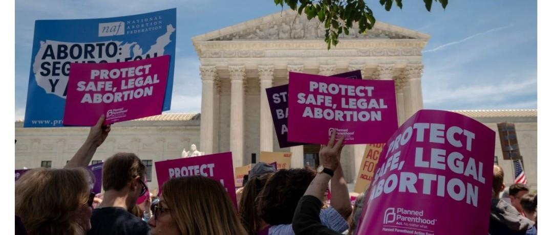 今天美国女性堕胎权再次躲过一劫,但前景不容乐观