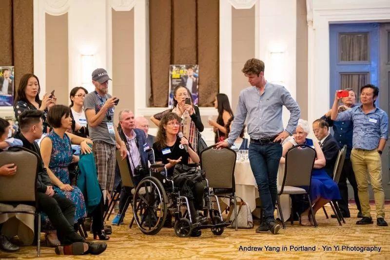 杨安泽首访俄勒冈州波特兰,募捐晚会台前幕后纪实