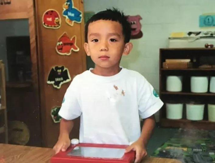 从排斥到认同族裔身份,一个亚裔男孩是怎样找回自信的?