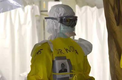 帶著剿滅埃博拉病毒的戰績,美國CDC精英團隊援助中國